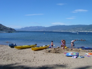 Okanagan lake from beach level